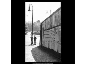 Kluci pod lucernou (1663), žánry - Praha 1962 červen, černobílý obraz, stará fotografie, prodej