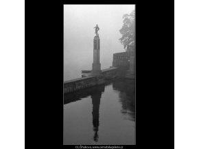Socha Vltavy (1865-1), Praha 1962 , černobílý obraz, stará fotografie, prodej