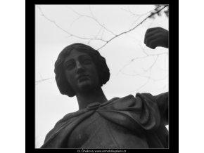 Plastika na Kampě (1957-1), Praha 1962 , černobílý obraz, stará fotografie, prodej
