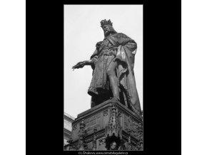 Pomník Karla IV (1963-1), Praha 1962 , černobílý obraz, stará fotografie, prodej