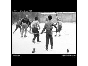 Kluci hrají hokej (1948), žánry - Praha 1963 leden, černobílý obraz, stará fotografie, prodej