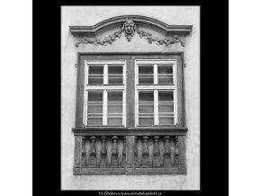 Zdobené okno (2080-3), Praha 1963 , černobílý obraz, stará fotografie, prodej