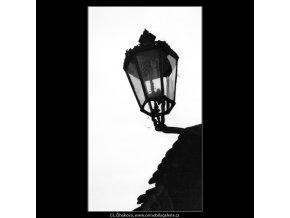Plynová lampa (2086-5), Praha 1963 duben, černobílý obraz, stará fotografie, prodej