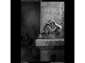 Prašná brána výzdoba (2123-10), Praha 1963 , černobílý obraz, stará fotografie, prodej