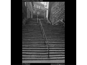 Radniční schody (2197), Praha 1963 květen, černobílý obraz, stará fotografie, prodej