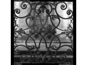 Mříže (2154), Praha 1963 květen, černobílý obraz, stará fotografie, prodej