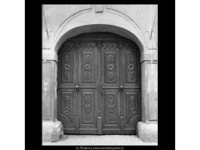 Dveře (2191-1), Praha 1963 květen, černobílý obraz, stará fotografie, prodej