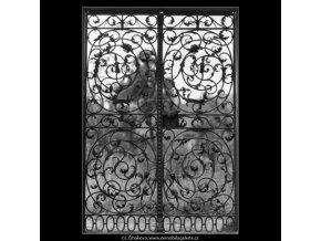 Mřížová vrata (2229-6), Praha 1963 červen, černobílý obraz, stará fotografie, prodej