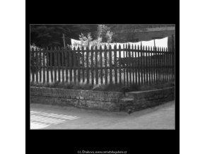 Prádlo (2243-3), žánry - Praha 1963 červen, černobílý obraz, stará fotografie, prodej