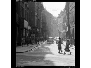 Celetná ulice (2342-2), Praha 1963 srpen, černobílý obraz, stará fotografie, prodej