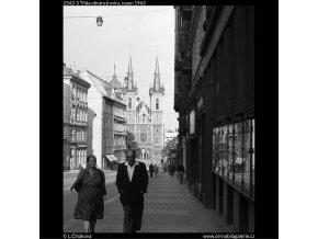 Třída obránců míru (2342-3), Praha 1963 srpen, černobílý obraz, stará fotografie, prodej