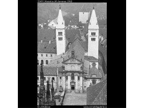 Kostel sv.Jiří (2349-1), Praha 1963 červenec, černobílý obraz, stará fotografie, prodej