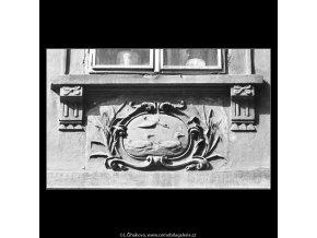 U Tří divokých kachen, Praha 1963 , černobílý obraz, stará fotografie, prodej