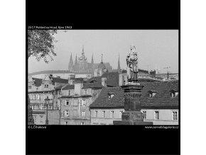 Pohled na Hrad (2517), Praha 1963 říjen, černobílý obraz, stará fotografie, prodej