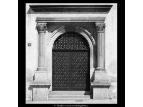 Portál Novoměstské radnice (2558), Praha 1963 , černobílý obraz, stará fotografie, prodej