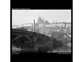 Pohled na Hradčany (2561), Praha 1963 , černobílý obraz, stará fotografie, prodej