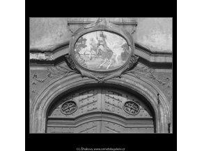 U Zlaté podkovy (2695-1), Praha 1964 únor, černobílý obraz, stará fotografie, prodej