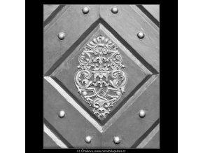 Ozdoba na dveřích (2727), Praha 1964 únor, černobílý obraz, stará fotografie, prodej