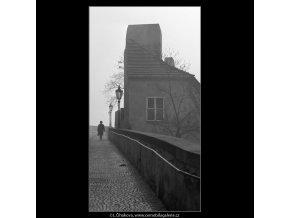 Pohled na silnici (2773), Praha 1964 březen, černobílý obraz, stará fotografie, prodej