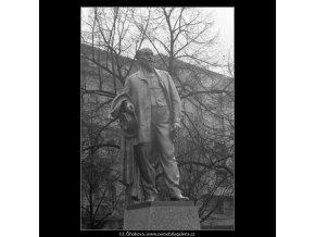 Pomník Jakuba Arbesa (2855-1), Praha 1964 , černobílý obraz, stará fotografie, prodej