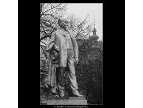 Pomník Jakuba Arbesa (2855-3), Praha 1964 , černobílý obraz, stará fotografie, prodej