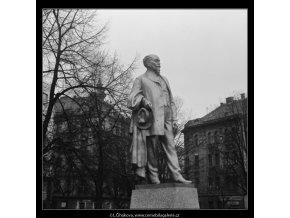 Pomník Jakuba Arbesa (2855-4), Praha 1964 , černobílý obraz, stará fotografie, prodej