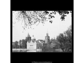 Pohled na Karlovy Lázně (2907), Praha 1964 květen, černobílý obraz, stará fotografie, prodej