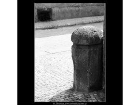 Patník (2924-1), Praha 1964 květen, černobílý obraz, stará fotografie, prodej