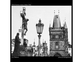 Z Karlova mostu (2925), Praha 1964 květen, černobílý obraz, stará fotografie, prodej