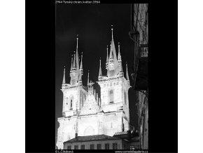 Týnský chrám (2944), Praha 1964 květen, černobílý obraz, stará fotografie, prodej