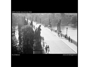 Karlův most (2959-2), Praha 1964 červen, černobílý obraz, stará fotografie, prodej