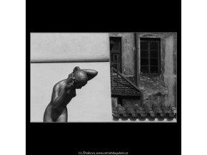 Plastika (2975-3), Praha 1964 červen, černobílý obraz, stará fotografie, prodej