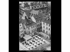 Zahradní restaurace (2976-2), Praha 1964 červen, černobílý obraz, stará fotografie, prodej