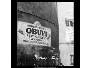 Starý firemní nápis (2982), žánry - Praha 1964 červen, černobílý obraz, stará fotografie, prodej