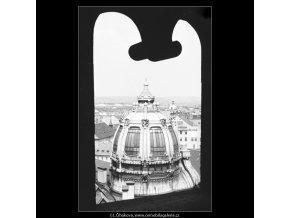 Kopule Obecního domu (2992), Praha 1964 červen, černobílý obraz, stará fotografie, prodej