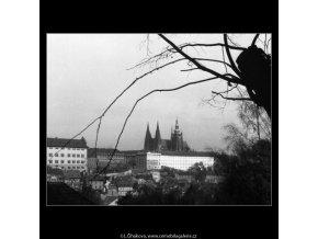 Pohled na Pražský hrad (385), Praha 1959 , černobílý obraz, stará fotografie, prodej
