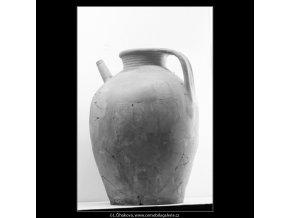 Přehlídka archeologického průzkumu (3020-3), Praha 1964 srpen, černobílý obraz, stará fotografie, prodej