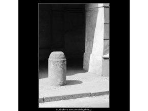 Patník (3123), Praha 1964 srpen, černobílý obraz, stará fotografie, prodej