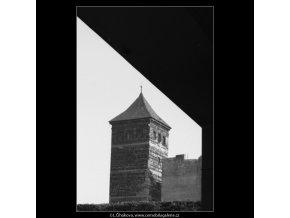Věž dolejší novoměstské vodárny (3162), Praha 1964 srpen, černobílý obraz, stará fotografie, prodej