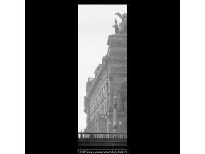 Národní divadlo (3191), Praha 1964 září, černobílý obraz, stará fotografie, prodej