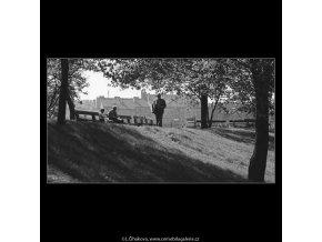 Na Vítkově (3194-2), žánry - Praha 1964 září, černobílý obraz, stará fotografie, prodej