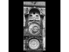 Staroměstský orloj (3258-3), Praha 1964 říjen, černobílý obraz, stará fotografie, prodej