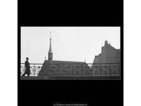 Nábřeží Na Františku (3317), Praha 1964 listopad, černobílý obraz, stará fotografie, prodej