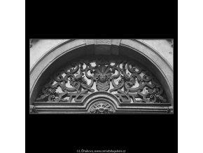 Mříž a ozdoba (3340-2), Praha 1964 listopad, černobílý obraz, stará fotografie, prodej