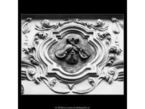 U Tří housliček (788-1), Praha 1960 červenec, černobílý obraz, stará fotografie, prodej
