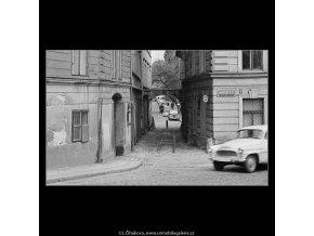 Divadelní ulice (3665-3), Praha 1965 duben, černobílý obraz, stará fotografie, prodej