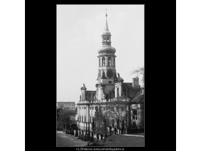Loreta (3688-1), Praha 1965 květen, černobílý obraz, stará fotografie, prodej