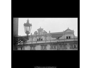 Martinický palác (3689), Praha 1965 květen, černobílý obraz, stará fotografie, prodej