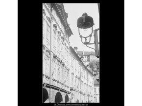 Část Auerspergského paláce (3720), Praha 1965 květen, černobílý obraz, stará fotografie, prodej
