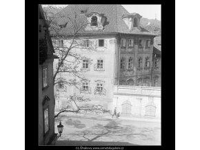 Pohled na Kampu (3726), Praha 1965 květen, černobílý obraz, stará fotografie, prodej